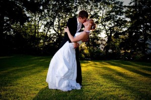 Wedding_Kiss.187184045